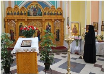 Алтарь Храма в честь Святого Благоверного Александра Невского в восстановленной обители Марии Магдалины в г. Вильнюс
