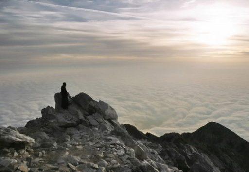 Монах и мирянин: Кто ближе к спасению?